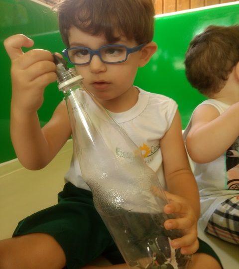 Explorando movimentos: coordenação motora fina – Maternal 1