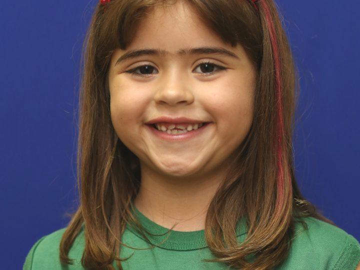 A menina e as aventuras dela – Giovanna Oliveira Barros – 2º ano C